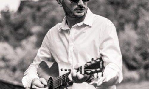 Venerdì 12 Luglio Gianluca Centenaro in concerto a Gallarate